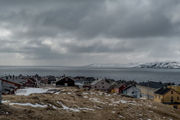 On a Tiny Norwegian Island, America Keeps an Eye on Russia